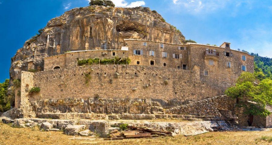 63404999 - pustinja blaca hermitage in stone desert of brac island, dalmatia, croatia