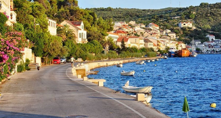 croatia-island-brac-brac-povlja-apartments-povlja-apartments-gracin-holiday-apartments