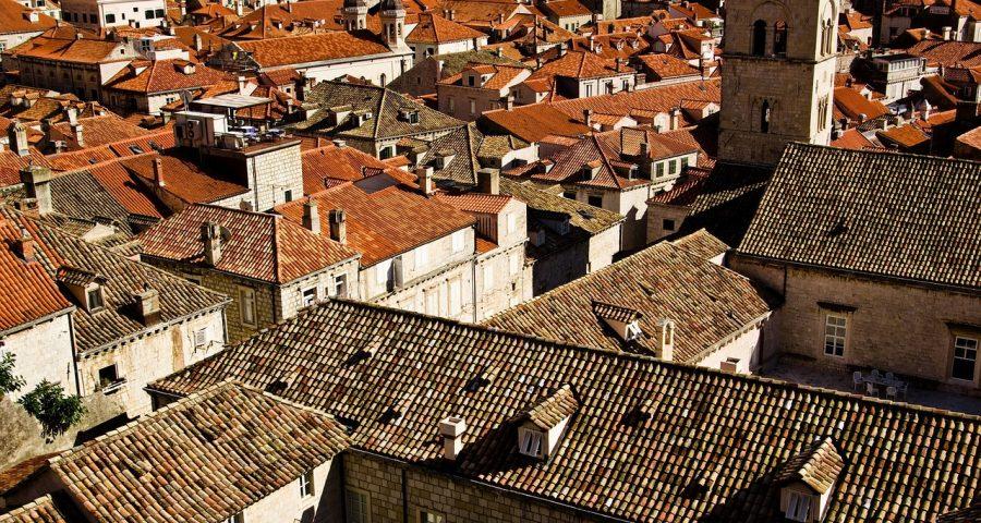 roofs-1186466_1280.jpg
